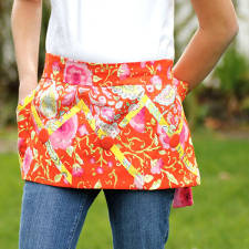 Criss Cross Apron